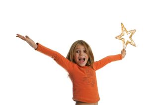 IStock_000000962078XGirl with Star