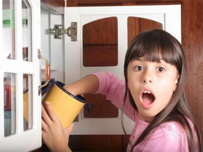 IStock_000009721676XSmall.jpg.girl.stealing.cookies